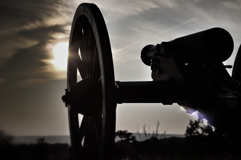 Gettysburg-Sunset-Cannon